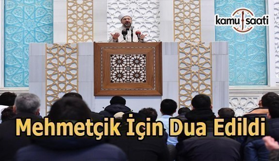Diyanet İşleri Başkanı Erbaş, gençlerle birlikte Mehmetçiğe dua etti
