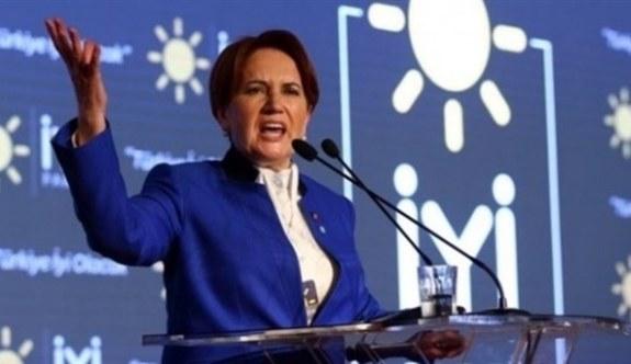 İYİ Parti Genel Başkanı Meral Akşener adliyede