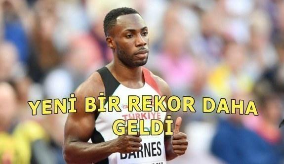 Emre Zafer Barnes'den yeni Türkiye rekoru geldi