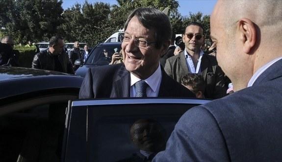 Güney Kıbrıs'ta seçimin galibi Anastasiadis oldu