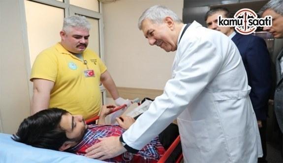 Sağlık Bakanı Demircan acilleri ziyaret etti