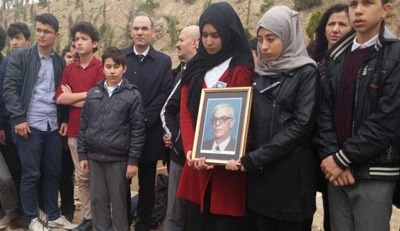 Eğitim Gönüllüsü Özkent Akbilek vefat etti