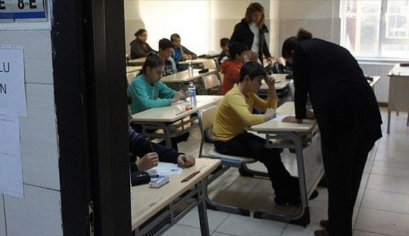 Liselere girişte merkezi sınav başvuruları yarın sona erecek