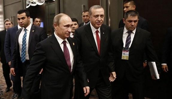 Erdoğan ile Putin telefonla görüştü!