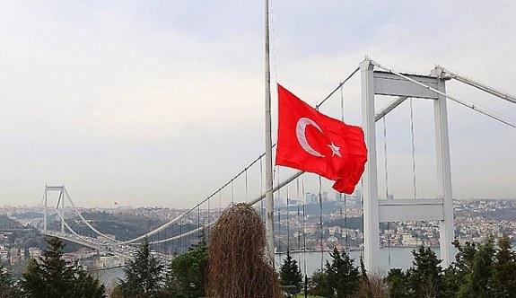 Kudüs için bayraklar yarıya indirildi! Filistin'deki...
