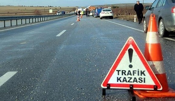 Bursa'da yolcu otobüsü devrildi: Ölü ve yaralılar var