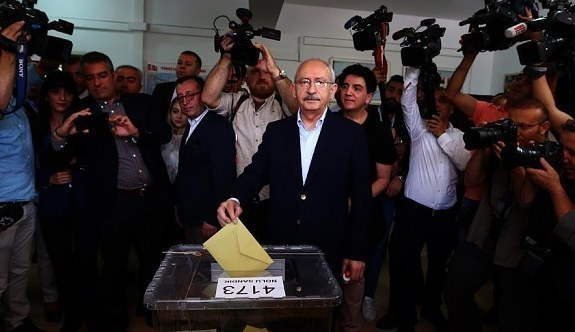 Kemal Kılıçdaroğlu oyunu kullandı! Kamu görevlilerine çağrıda bulundu