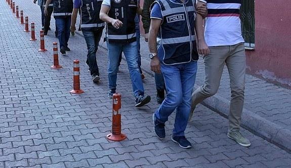 Ankara merkezli 13 ilde FETÖ operasyonu! TSK bünyesindeki...