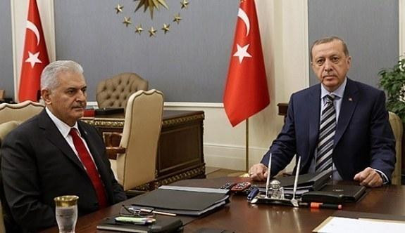 Erdoğan'dan Binali Yıldırım'a Şeref Madalyası! Tören...
