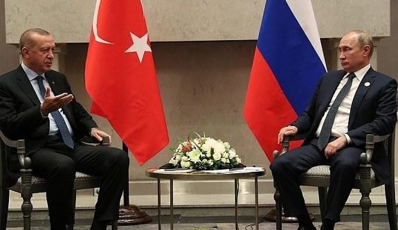 Erdoğan ile Putin 'Üçlü Zirve' öncesi baş başa görüştü