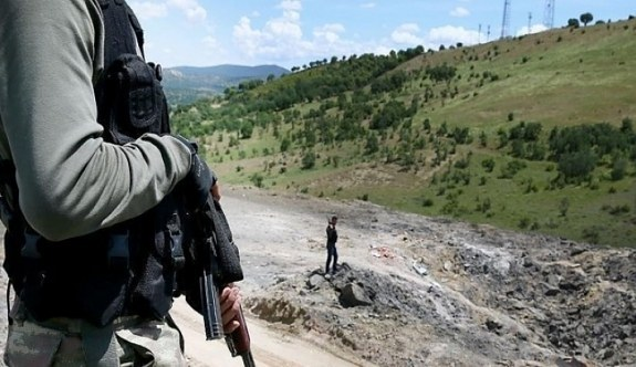 Şırnak'taki Çalışkan beldesinde 2 güvenlik koruyucusu şehit oldu