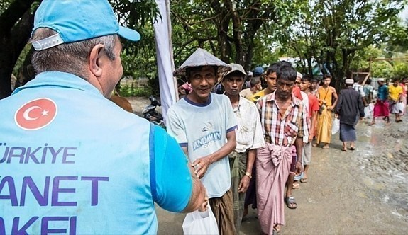 Diyanet İşleri Başkan Yardımcısı İşliyen: En fazla yardım yapan ülkeler arasında ilk sıradayız