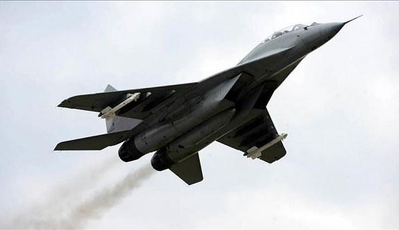 MİG-29 savaş uçağı düştü!