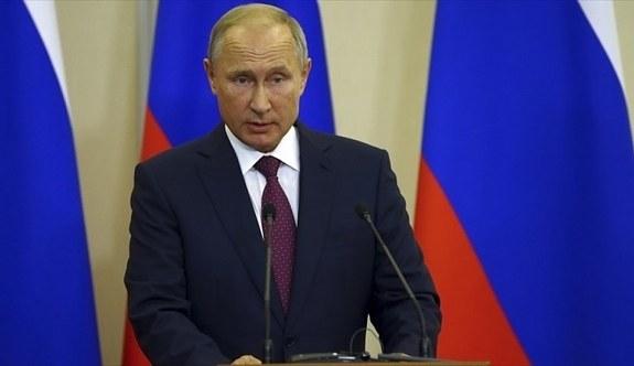 Putin'den Hindistan ile askeri iş birliği vurgusu