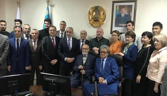 Cumhurbaşkanı Başdanışmanı Yalçın Topçu Almatı'da temaslarda bulundu