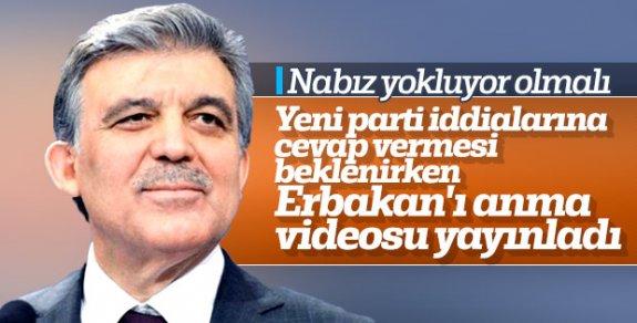 Parti kurma hevesinde olan Abdullah Gül,Necmettin Erbakan Mesajı Yayınladı