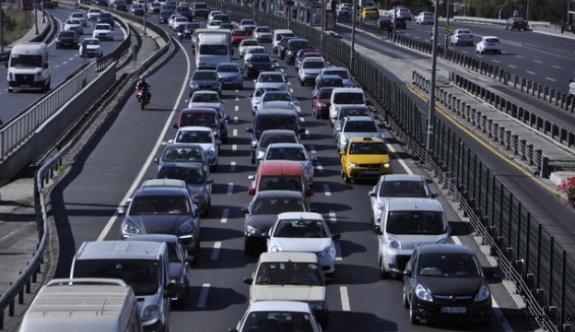 İyi partili meclis üyesi Erhan ÖZHAN'dan Kayseri'de yaşanan trafik sorununa sitem!