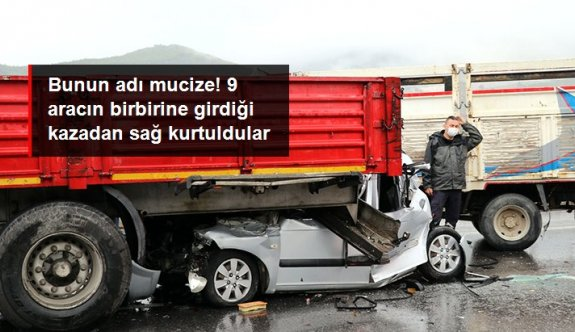 Otoyolda 9 araç birbirine girdi, 5'i doktor 10 kişi yaralandı