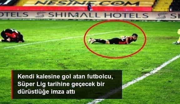 Süper Lig tarihine geçecek olay! Kendi kalesine gol atınca maç sonu vedalaşıp takımdan ayrıldı