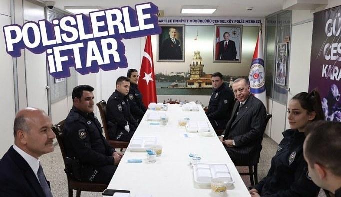 Cumhurbaşkanı Erdoğan ve Süleyman Soylu, Çengelköy Polis Merkezi'nde iftar yaptı