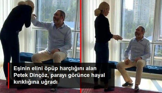 Eşinin elini öpen şarkıcı Petek Dinçöz, bayram harçlığı aldı