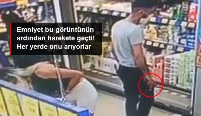 Markette mide bulandıran anlar! Alışveriş yapan kadının etek altı görüntülerini çekti