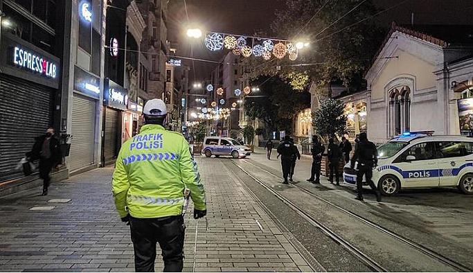 Sokağa çıkma yasağı sürüyor mu, bu akşam yasak var mı? Hafta sonu sokağa çıkma yasağı devam ediyor mu?