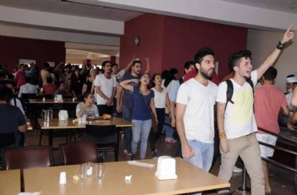Akdeniz Üniversitesi'nde kavga