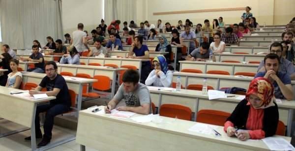 Asli Öğretmenliğe Geçiş Sınavı Başvuruları Uzatıldı