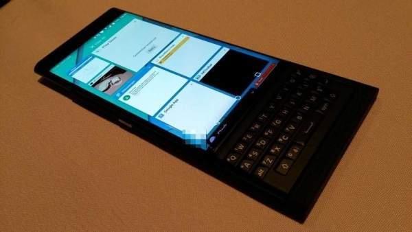 BlackBerry ilk android telefonu Priv'i tanıttı