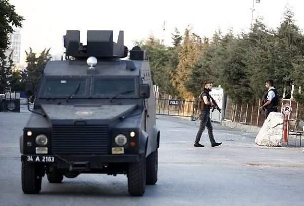 Esenyurt Polis Merkezine Silahlı Saldırı