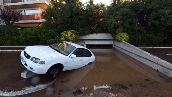 Fransa'nın Güneyinde Sel Felaketi:11 ölü