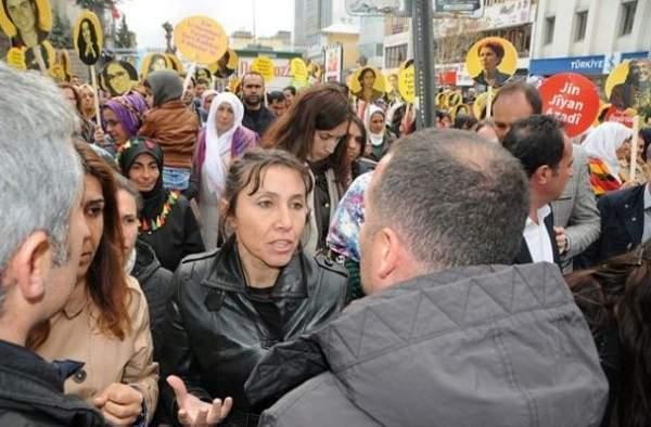 HDP İl Eş Başkanı Derya Hayva gözaltına alındı