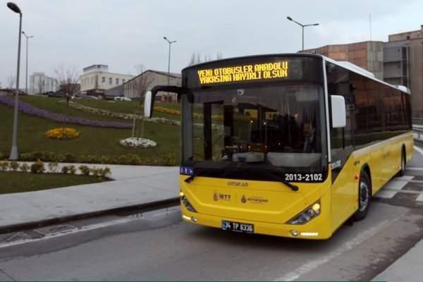 İstanbul'da Polisleri Taşıyan Otobüs Patladı