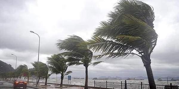 Meteoroloji 'Fırtına' Dedi