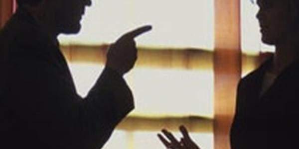 Polis mobbingi belgeledi yapanlara ceza yağdı