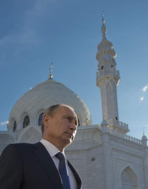 Putin 'Hacı Putin' oldu