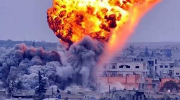 Rus savaş uçakları muhalif köyü bombaladı: 11 ölü