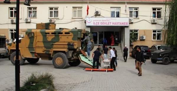 Şemdinli'de askere bombalı saldırı