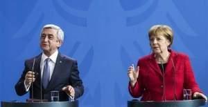 Merkel'den Ermeni Soykırımı'na ilişkin açıklama