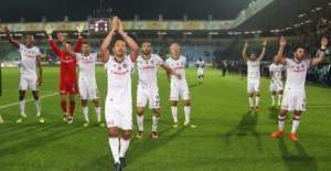 Beşiktaş, Kayseri'de uçuşuna devam etti