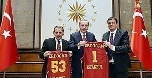 Cumhurbaşkanı Erdoğan'dan Galatasaray'a önemli öneri
