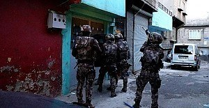 Yüzlerce polis ile Gaziantep'te operasyon