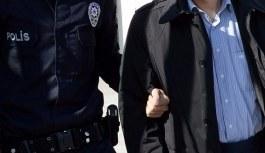 Öğretmen ve astsubaya FETÖ tutuklaması