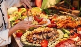 15 Temmuz darbe girişiminin yıl dönümü için ücretsiz yemek