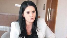 Jülide Sarıeroğlu, yeni Çalışma ve Sosyal Güvenlik Bakanı oldu - Jülide Sarıeroğlu kimdir?