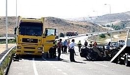 Kayseri'de trafik kazası: 4 üniversite öğrencisi hayatını kaybetti