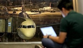 Uçaklarda elektronik cihaz yasağı kaldırıldı