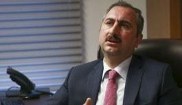 Adalet Bakanı Gül'den boşanma sonrası çocuğun teslimine ilişkin açıklama