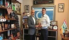 Şehit Ömer Halisdemir'in kardeşinden Yalçın Topçu'ya ziyaret